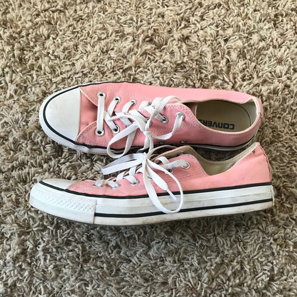 c2a61ae6d4c1b5 Converse Shoes - Low top Light Pink Converse